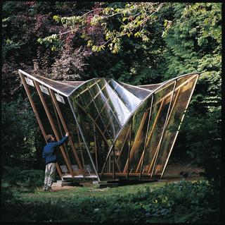 Pavilion, 1991–1992