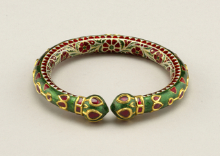 Inlaid bangle bracelet Bracelet, 18th–19th century