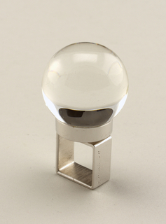 Square silver band, plexi sphere
