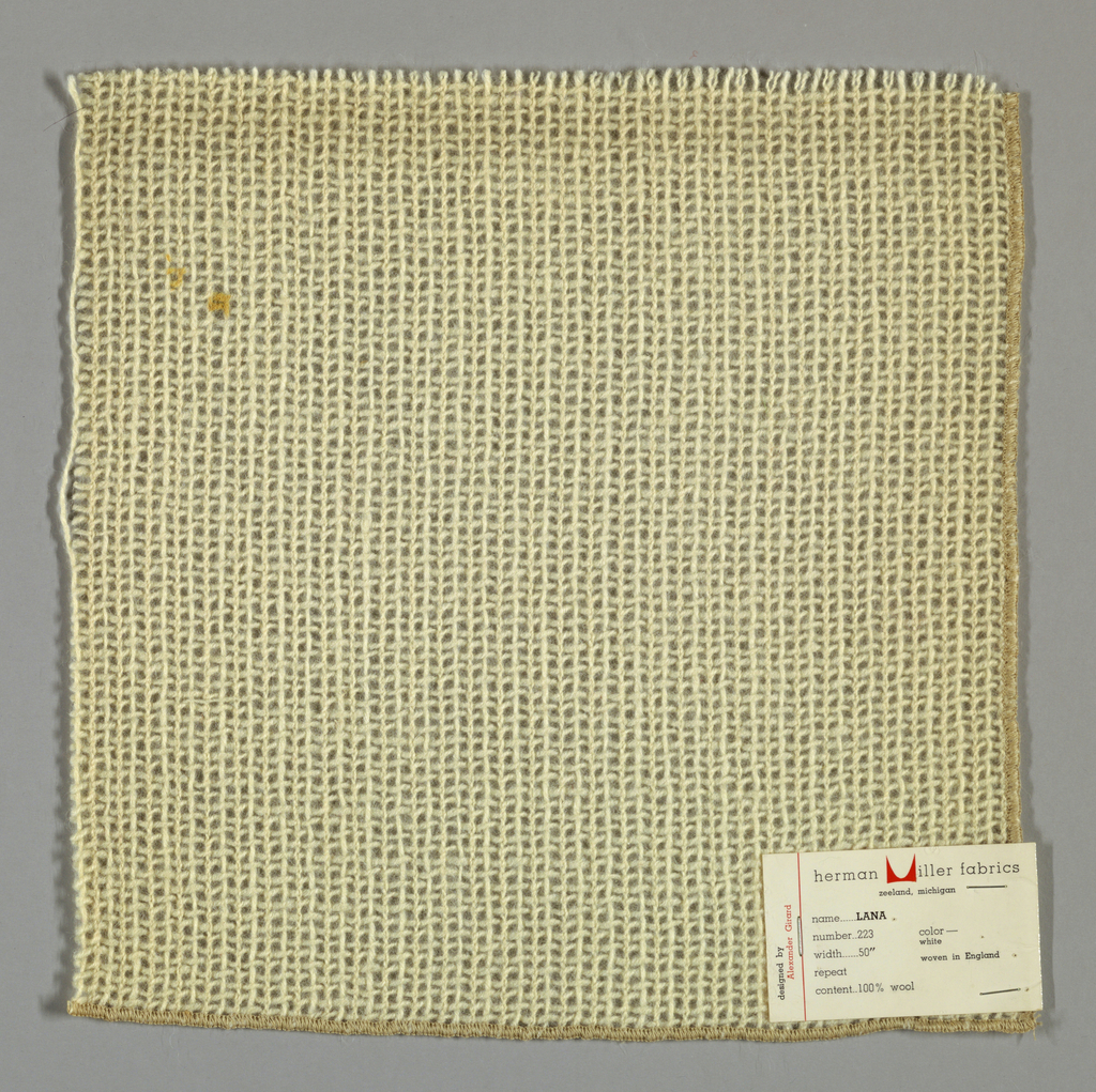 Alternating plain and gauze weave in off-white. Number 223.