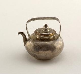 kettlecover Miniature