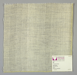 Plain weave in grey and white. Warp threads are white. The wefts threads are white with some threads loosely twisted with black fibers. These threads give a variegated appearance to the surface.