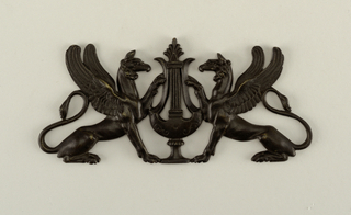 griffons & lyre