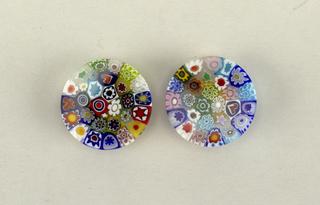 Circular, with mille fiori design
