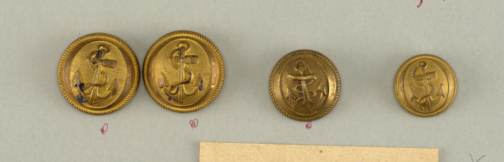 """Convex button showing anchor with rope in oval on ridge ground. On reverse """"Superieur France 16M"""".  Components -a/-d are on card F"""