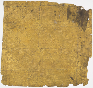 The design is composed of continuous parallel diagonal bands of ornament. There are eight different bands before the repeat. Each band is of Chinese inspired motifs, largely of fret work designs, small floral motifs and geometric patterns. This paper is made from the pulp of the bark of the mulberry tree. It is covered with Dutch foil which is gilded and lacquered.