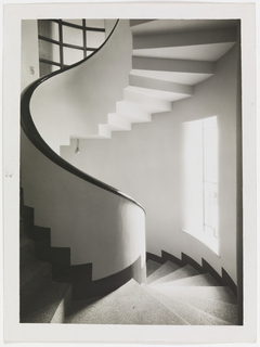 Photograph, Photograph of Spiral Staircase in Robert Mallet-Stevens House, Paris, 1927