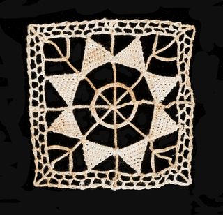 Squares containing eight-pointed flowers with cords on the horizontal, vertical and diagonal axis. All thirteen pieces are the same. Reticella style.