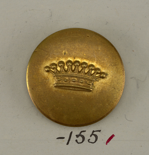 "Slightly convex button ornamented with a crown. Back and shank of brass. On reverse, ""Superieur France 25M"".  On card E"