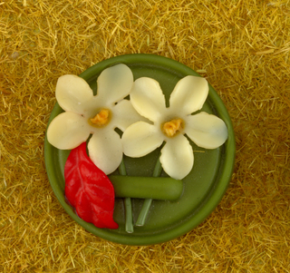 Old Fashioned Garden Button, 1941