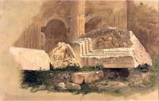 The lower parts of two bays and the separating columns of one long side are shown.  Parts of the entablature and a capital lie in the foreground.  The tan ground color is shown laterally and along the lower edge.  In the upper left corner, mathematical figures and a small plan.