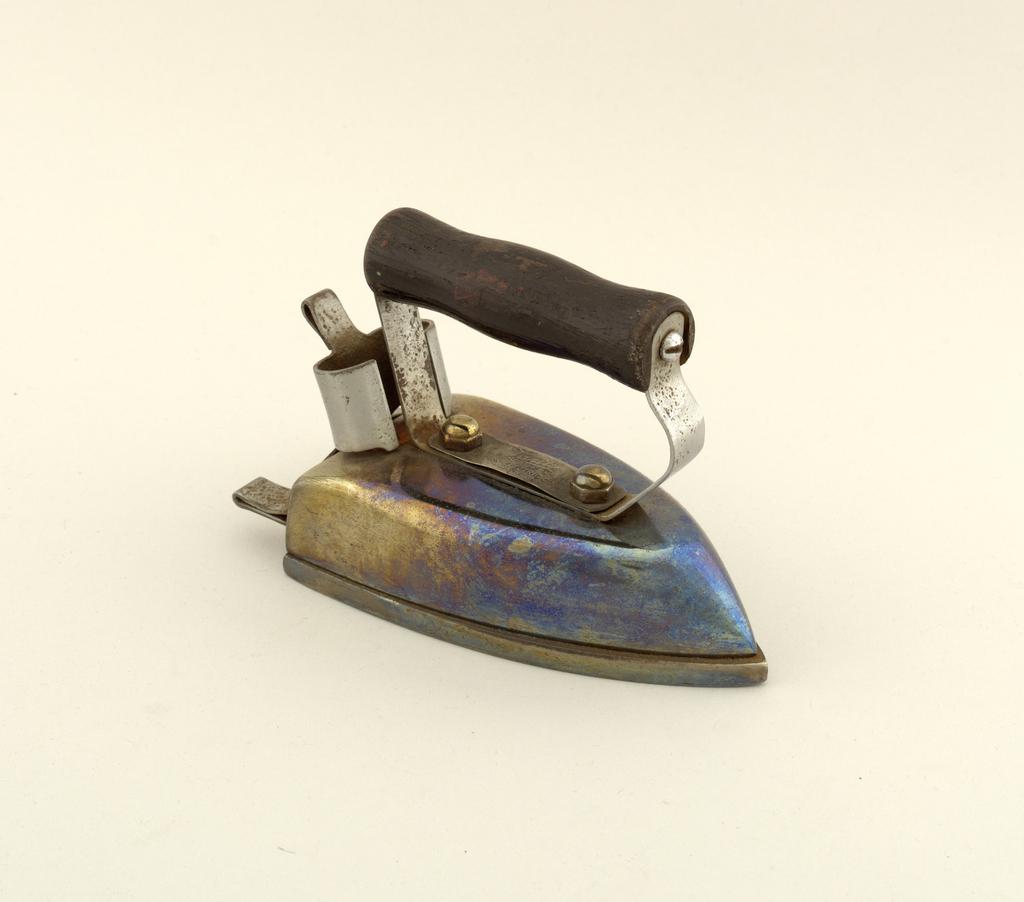 Vanity Miniature Iron
