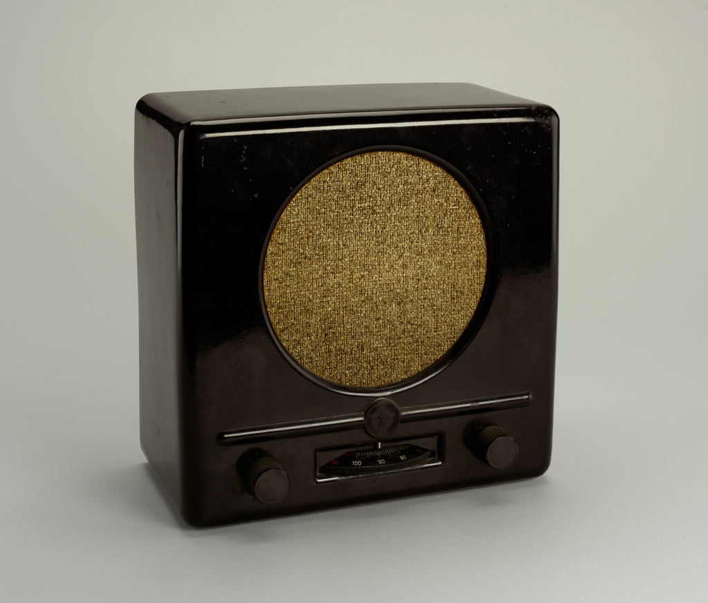 Volksempfänger Radio, 1933
