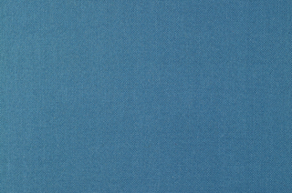 Plain weave in blue.