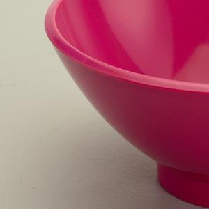 Pink on dessert bowl.