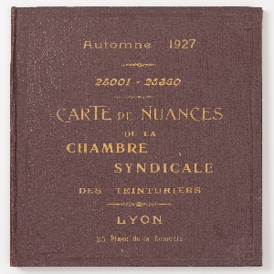 Sample Book, Carte de Nuances de la Chambre Syndicale des Teinturiers (Shade Card of the Dyer's Trade Union)