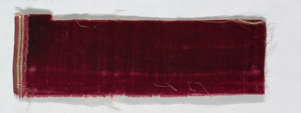 Red fragment, unpatterned.