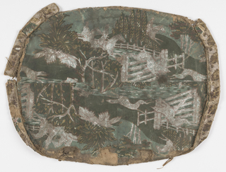 Bandbox lid with four pieced fragments of the same wallpaper pattern. Green background, hunting scene in darker green, brown, white, yellow, showing hounds, mounted huntsman jumping white fences, trees, hills. Rim: Border pattern of green leaves and dots on white background.