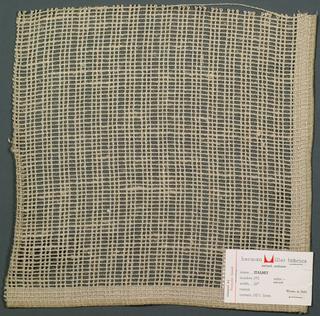 Gauze weave in light brown. Number 372.