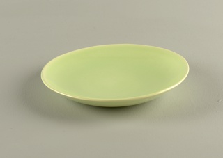 Round plate in lime green.