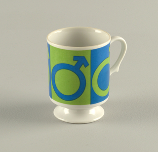 Two ceramic coffee mugs showing symbols: Male/Female