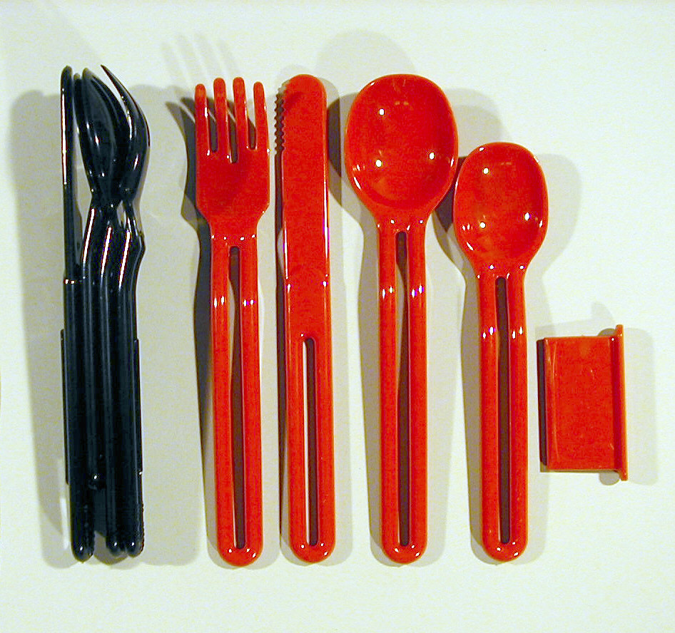 Cutlery And Holder (USA)
