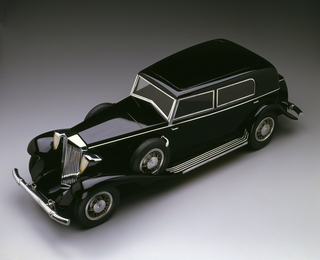 Marmon Sixteen Automobile Model