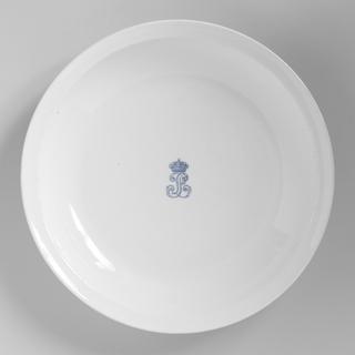 Dish, from the Service des Officiers at Château de Bizy Dish