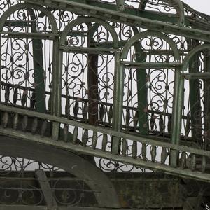 Rialto Bridge Birdcage