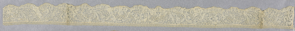 Bobbin lace edge, floral vine; early 18th century Binche