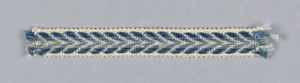 Trimming (USA), ca. 1940
