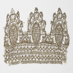 Border fragment of gold metallic lace with three circular pendants. Gold foil is wound around a linen core.
