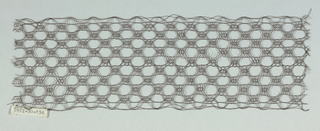 Narrow band with continuous geometric interlacing.