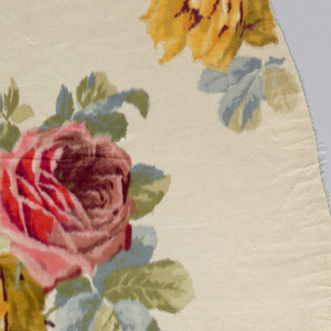 Irregular fragment with design of polychrome roses and foliage.