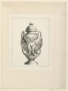 Body of the Urn is shaped like a fantastic owl.