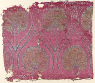 Palmettes within ogival strapwork