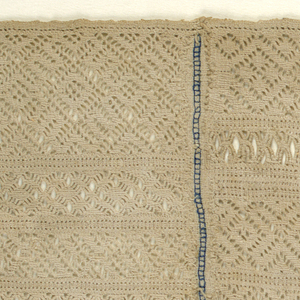 Twenty-two bands of pattern, all in natural.