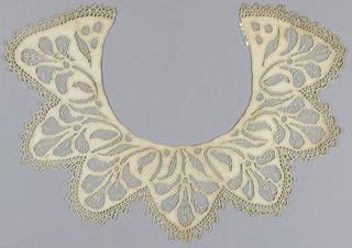 Collar, late 19th century