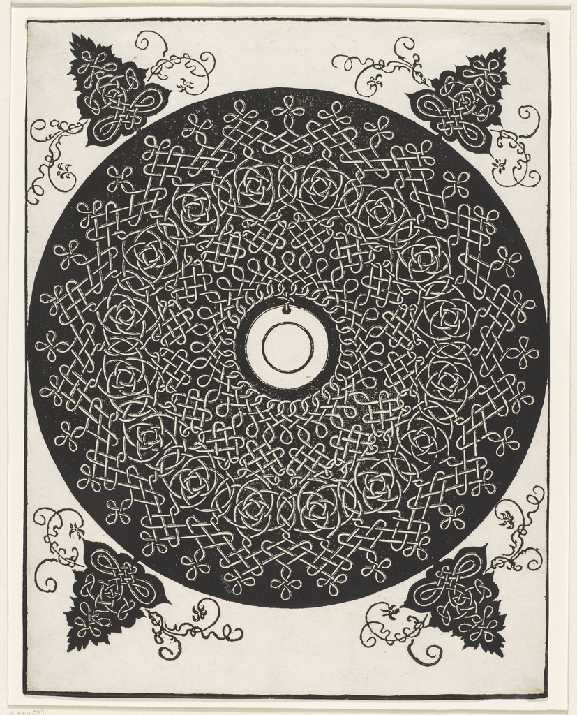 Print, Interlace Pattern with White Medallion