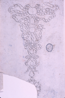 Four knots, one below the other, consisting of ribbons with rows of round diamonds. Except the second, the have a drop, the fourth having two of them, the lower supporting a cross.