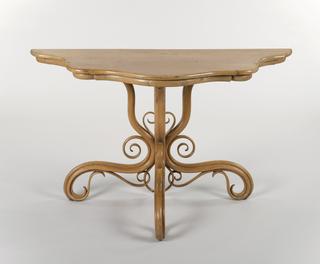 Half Table (Austria)