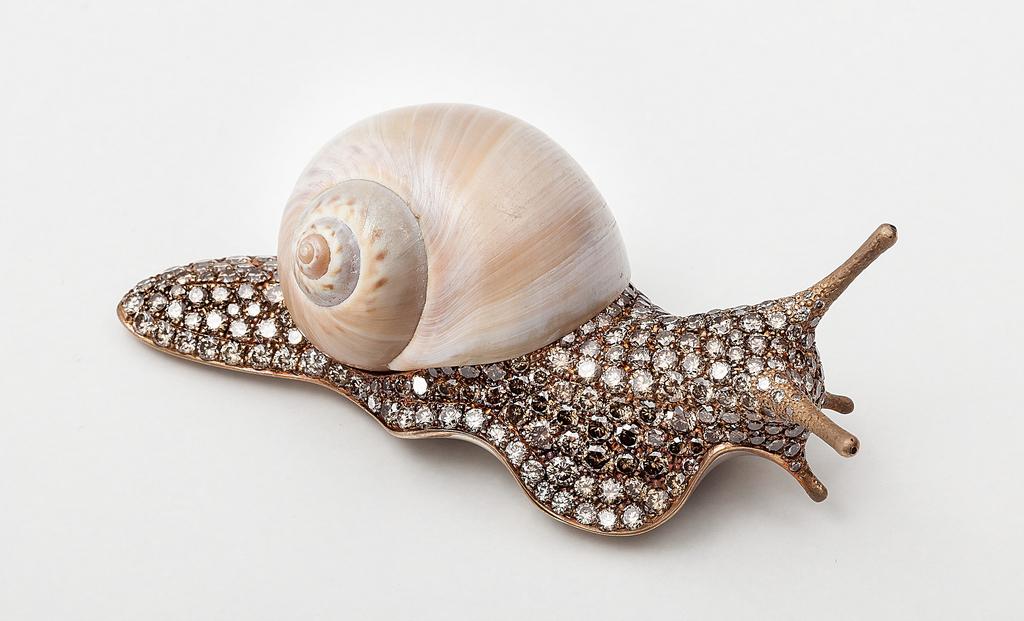 Brooch, Small snail, 2014