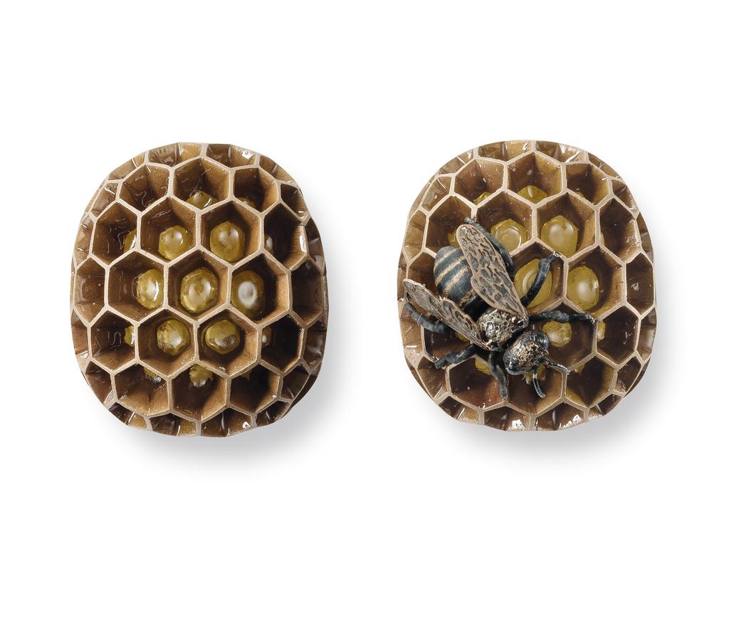 Earrings, Honey bee, 2014
