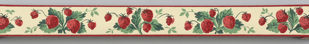 Two different groups of strawberries, alternating.  One has five berries, the other six.  Each has green foliage. Printed on an off-white ground with narrow red edge bandings.