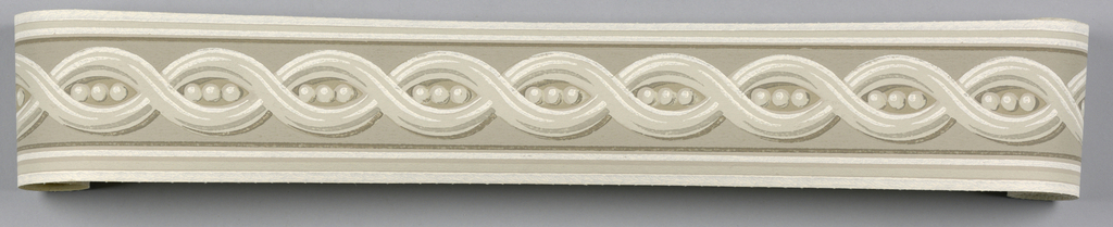 Central guilloche pattern in grisaille on gray ground. Matching ready-pasted border.