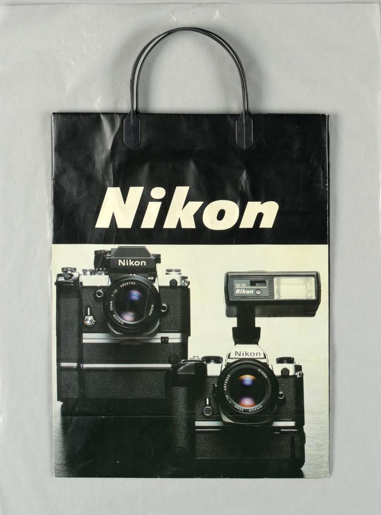 Shopping Bag, Nikon