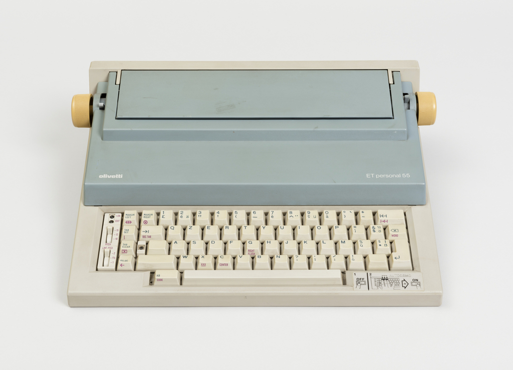 ET Personal 55 Portable Typewriter