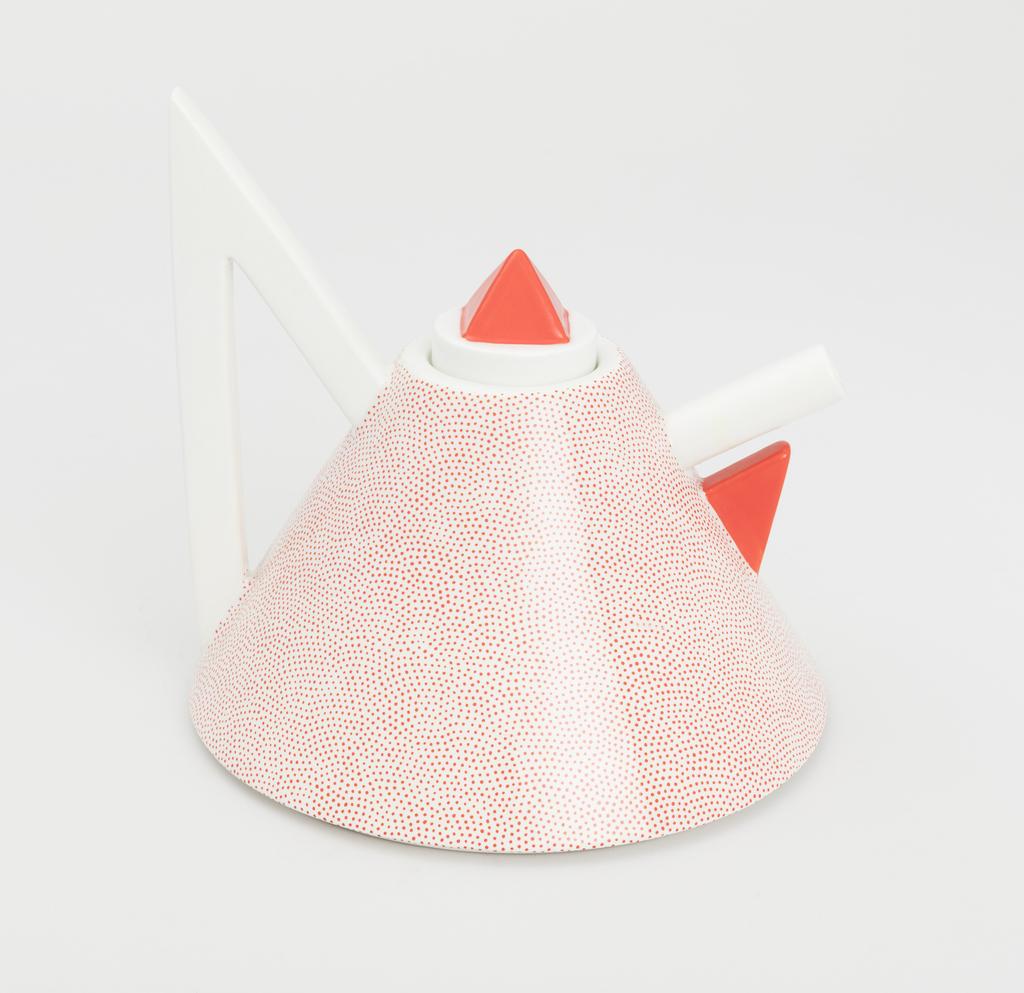 Nefertiti Teapot Teapot