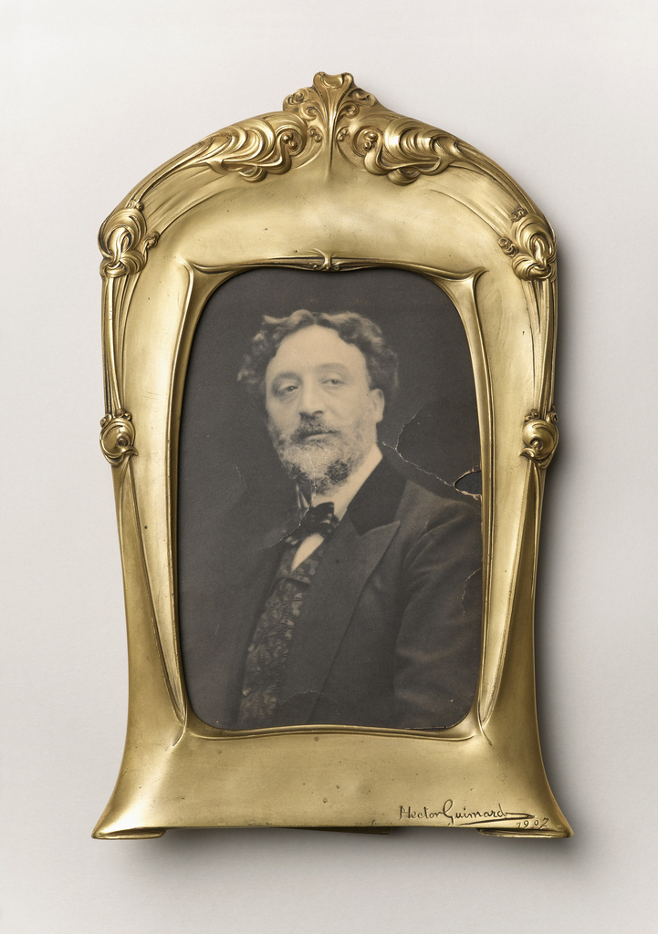 Frame And Photograph (France)
