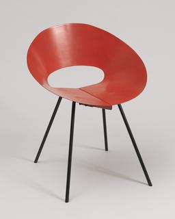 Model 132 U Chair Chair